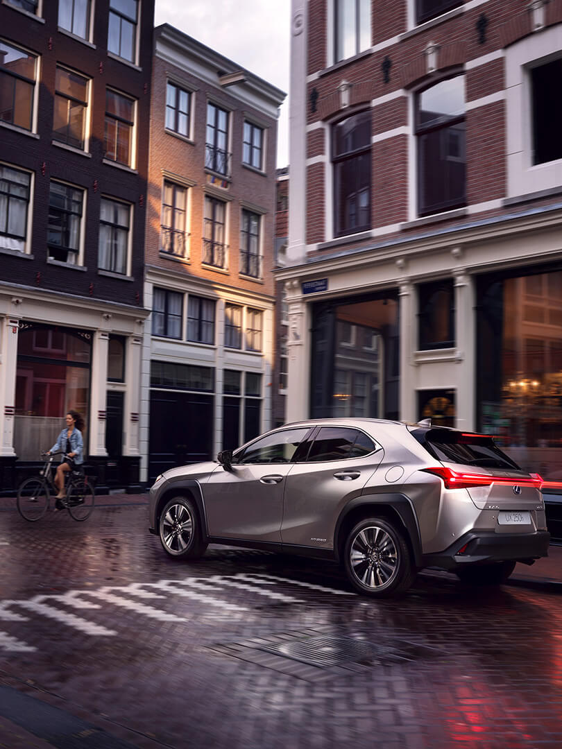 2019 lexus hybrid benefits convenient comfortable safety