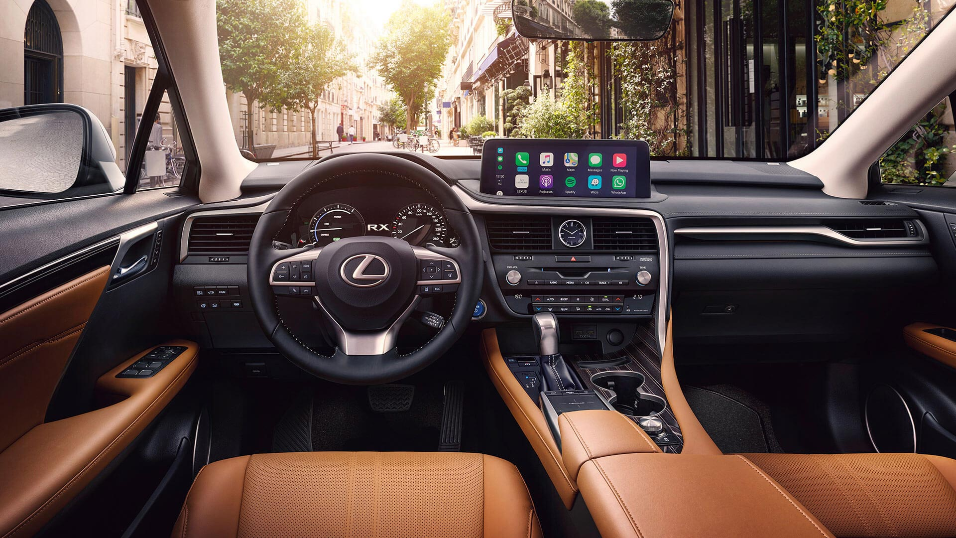 Lexus RX 450h Hybrid 2019 Cockpit