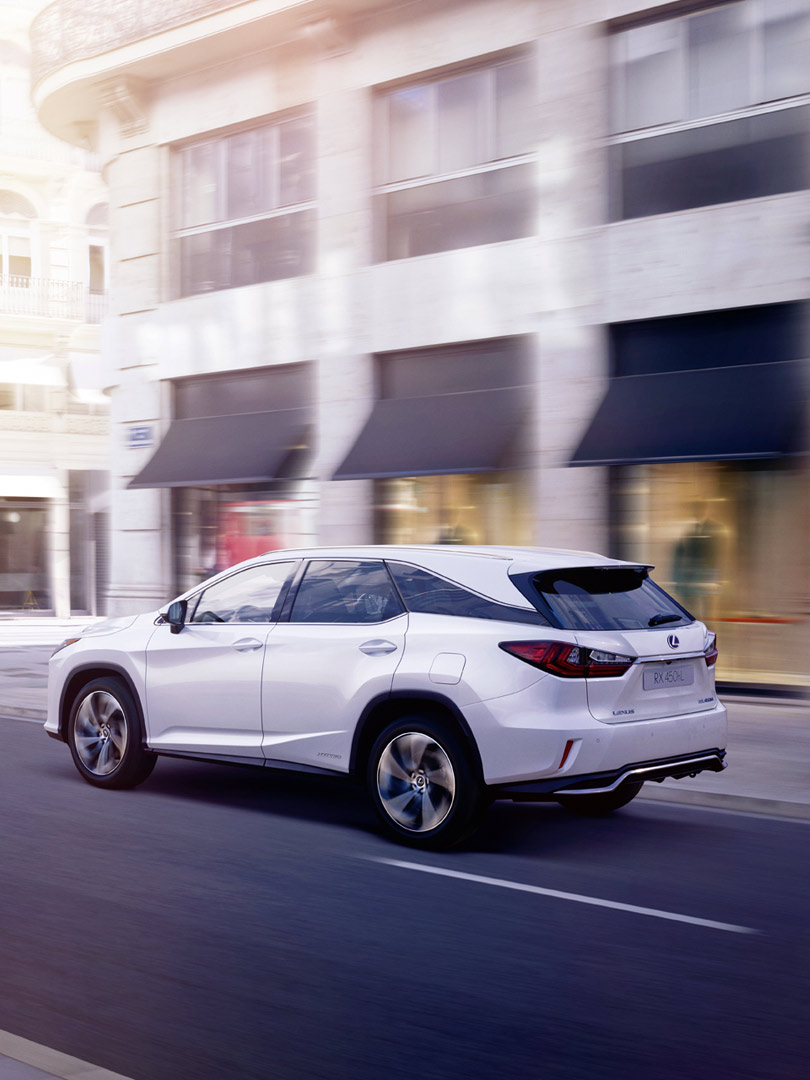Lexus Hybrid RX L eingeklappte Rückbank
