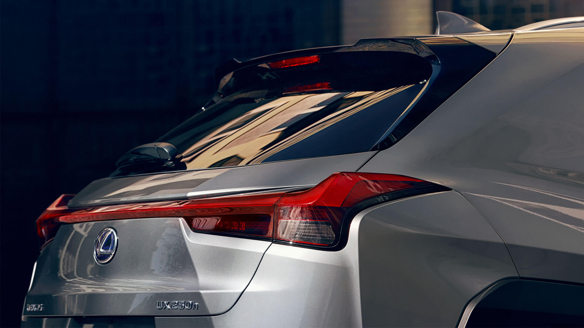 2018 lexus ux eu experience areo stabilising rear light