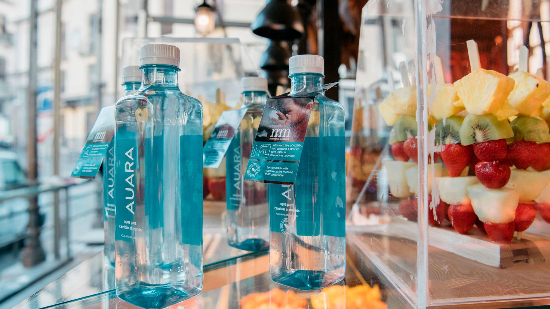 Agua solidaria hero asset