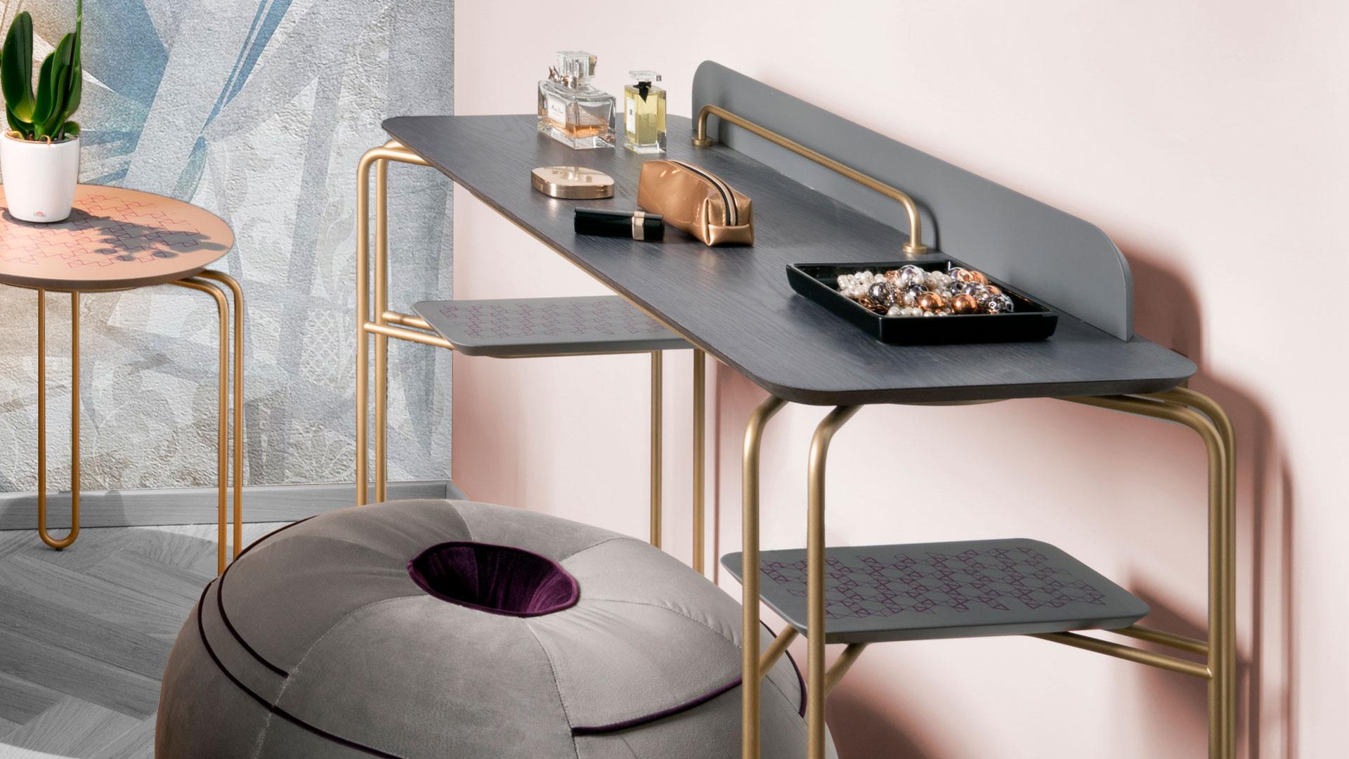 Imagen del escritorio diseñado por Nicola Gisonda