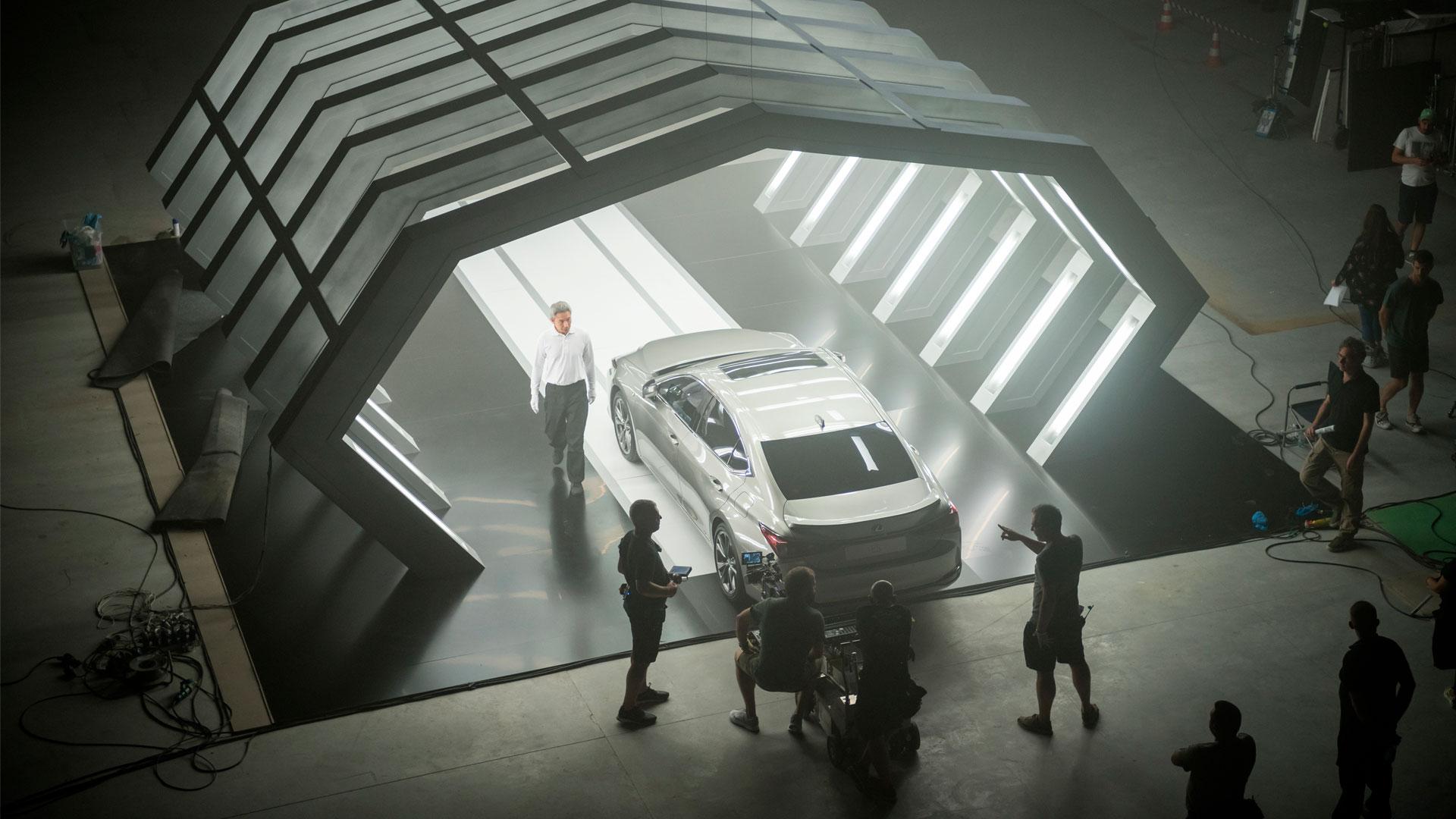 Imagen del spot del nuevo Lexus ES