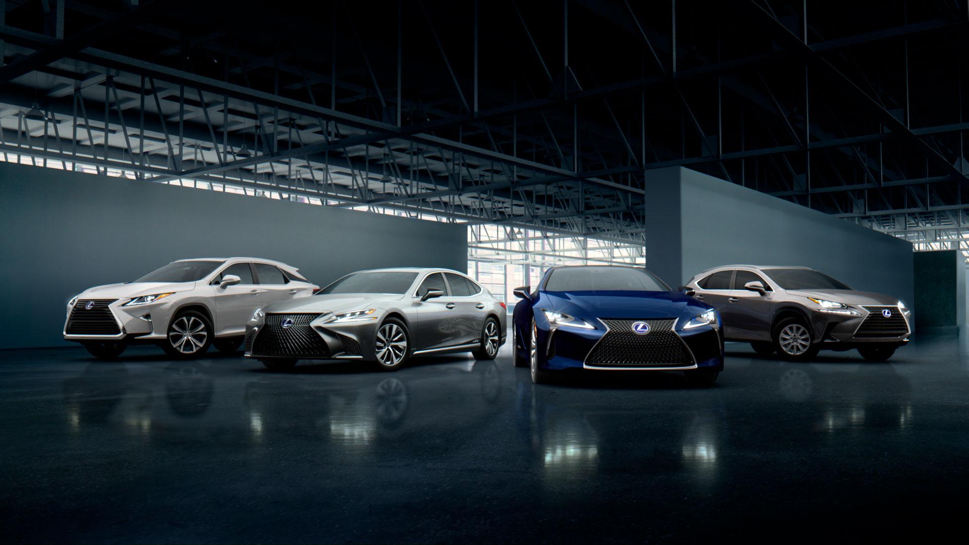 Imagen de varios vehículos de la gama Lexus