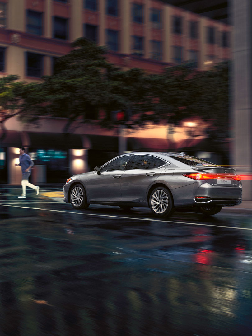 2019 lexus es driven by intuition cinemagraph designed to protect