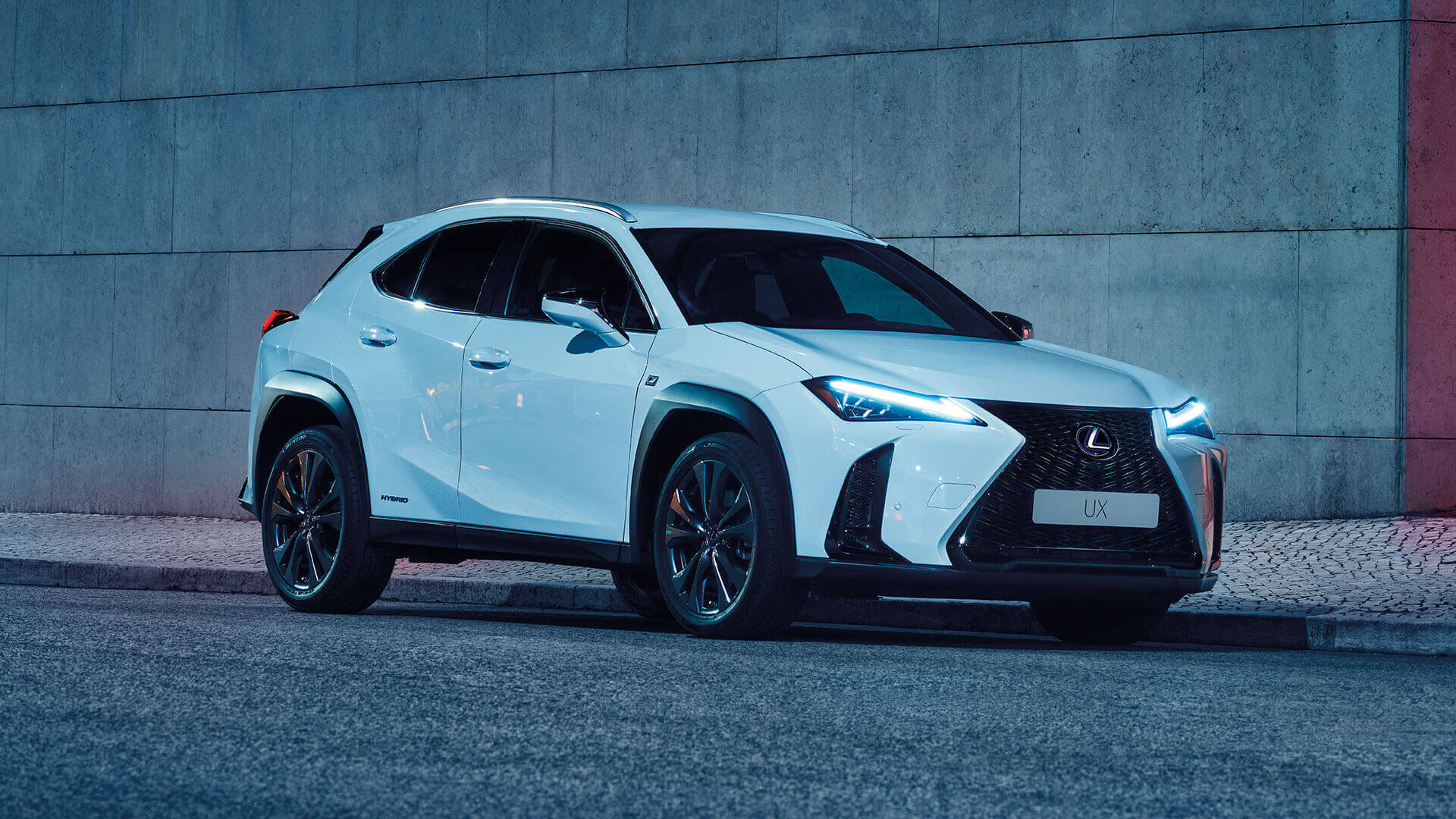 2019 lexus uk ux gallery exterior 04