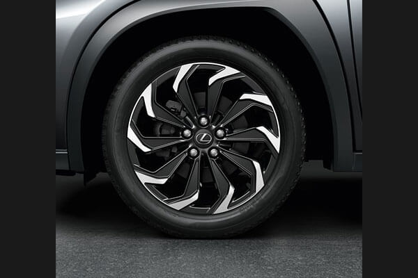 2020 lexus suv ux accessories 18 alloys 3x2