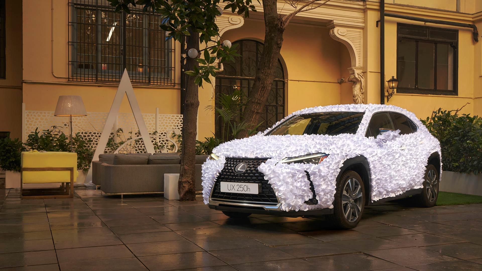 cabecera 2021 01 18 Lexus UX Papel 1 Final R 2