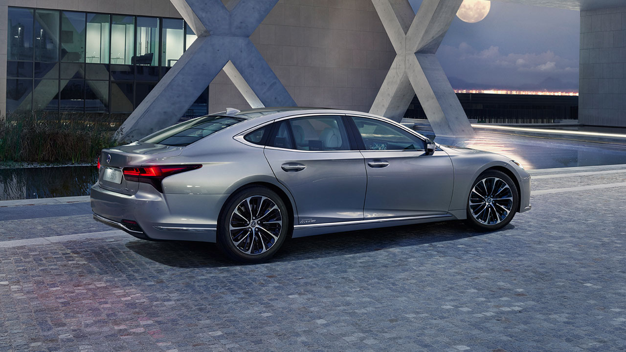 2020 lexus ls experience dynamic coupe like profile