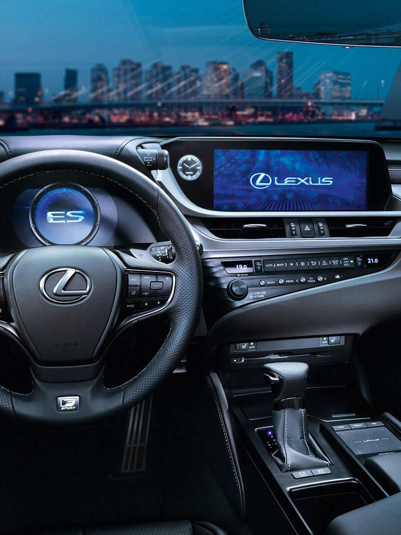 2019 lexus es hybrid interior