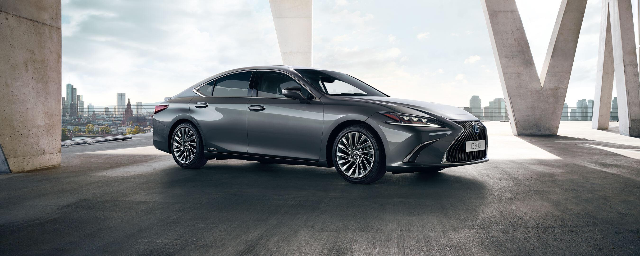 2019 lexus es hybrid experience hero exterior front