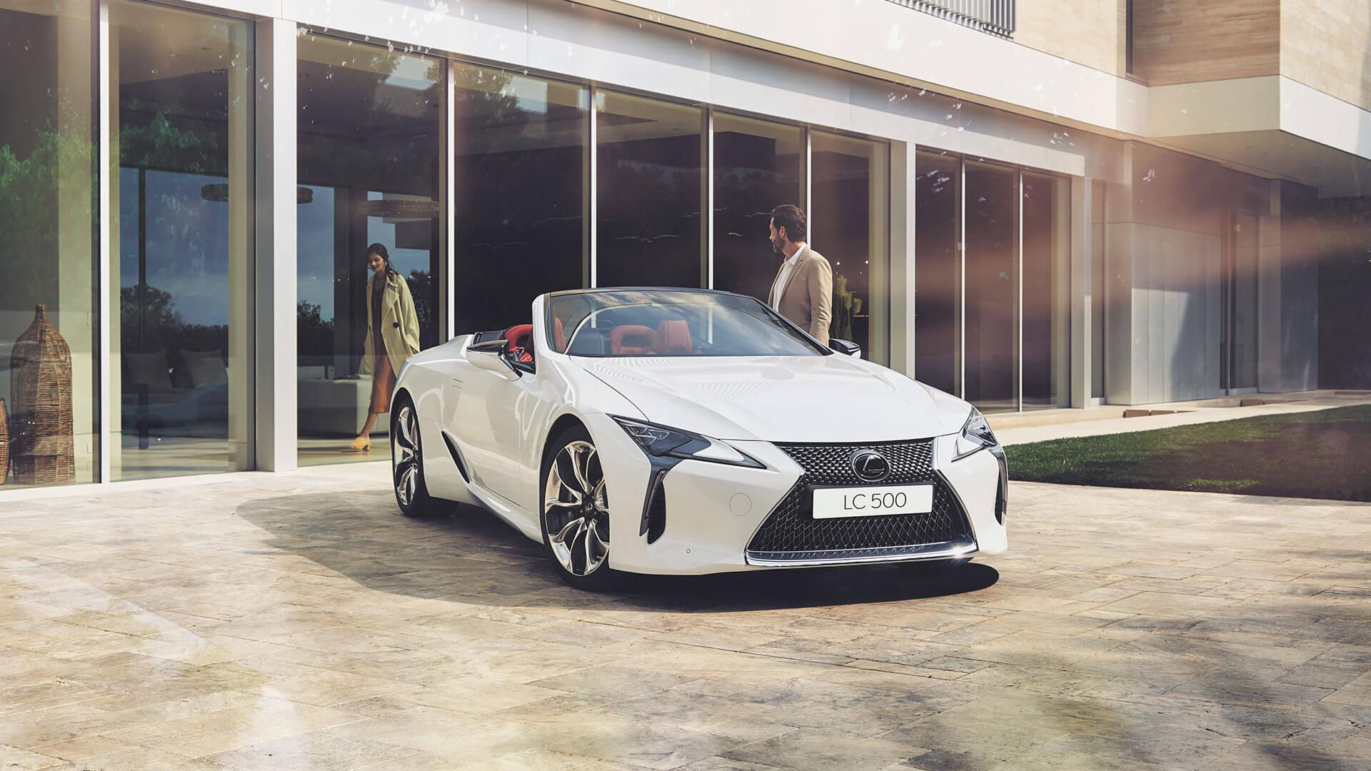 LC Convertible Best Luxury Car Award 03