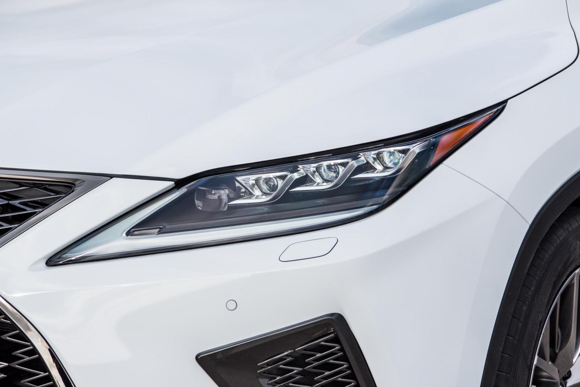 Lexus RX450h White 57