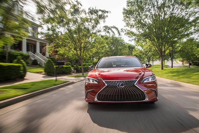 2020 007 Lexus ES beste score ooit betrouwbaarheidsonderzoek IMG3 luxueuze
