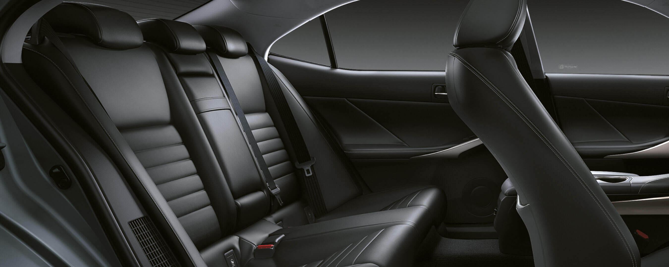 Interieur van een Lexus IS 300h