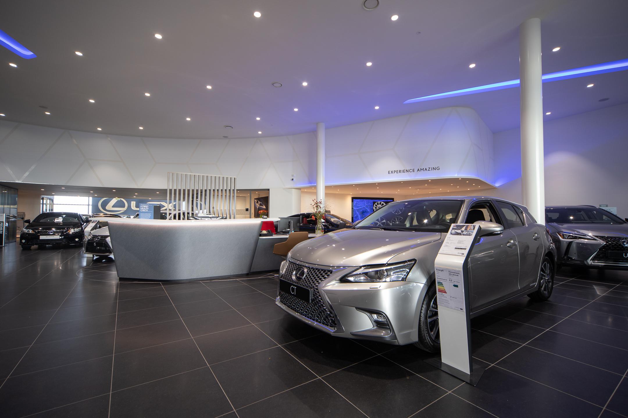 Showroom van Lexus Den Haag