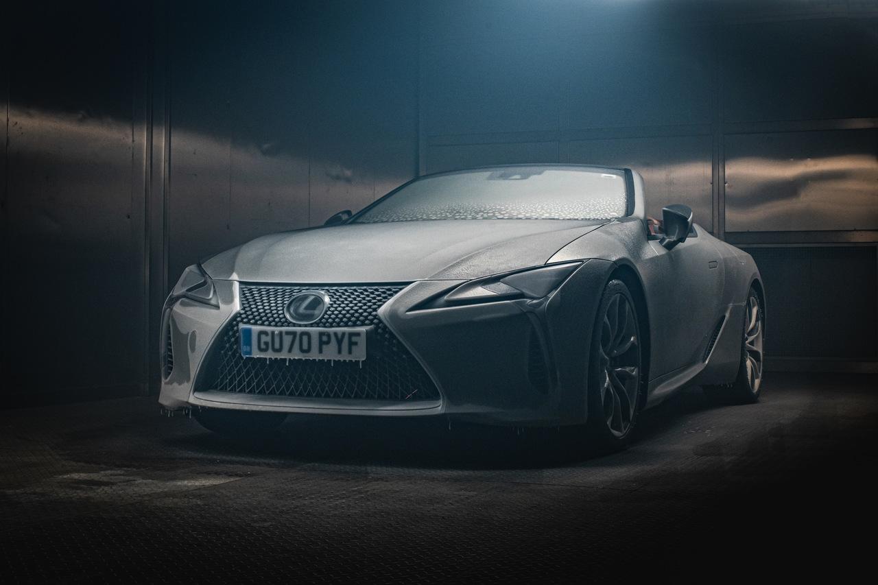 Lexus lc cabrio enfrenta teste gelado Image