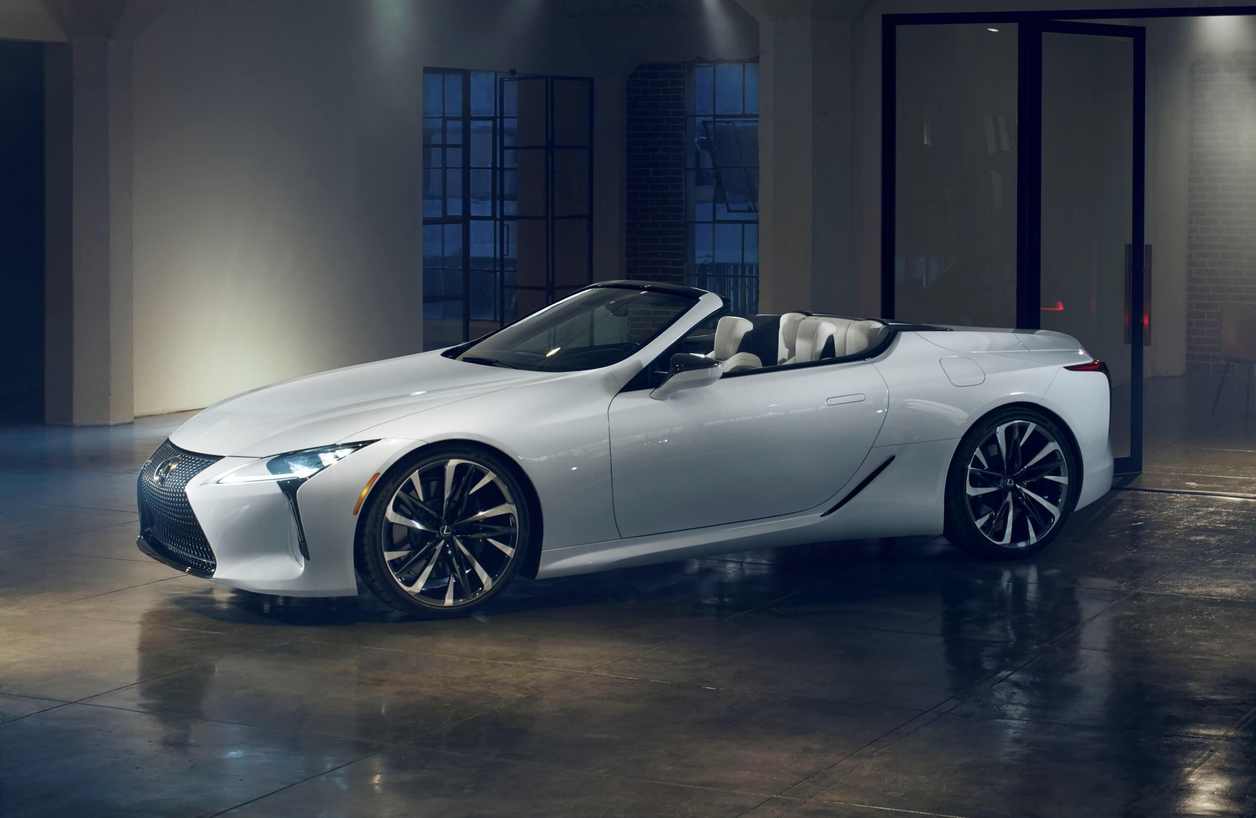 Concept Lexus LC descapotavel apresentado no salao de detroit 2019