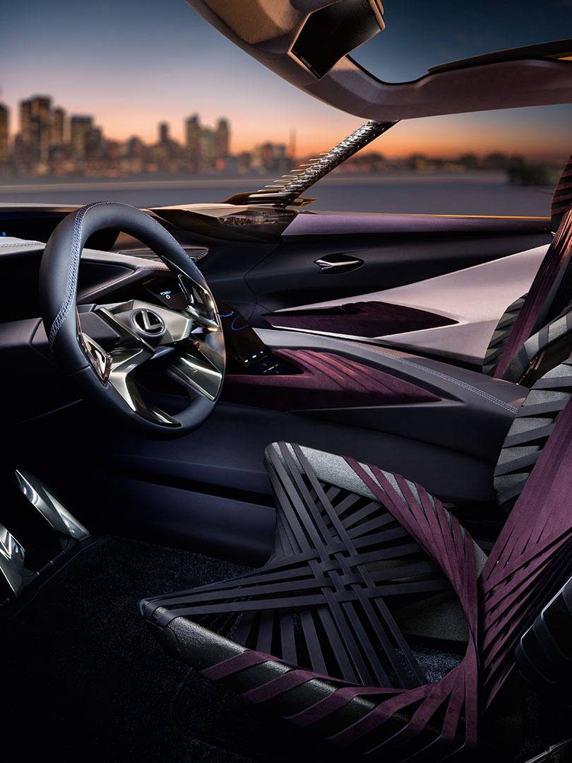 lexus ux section03 01