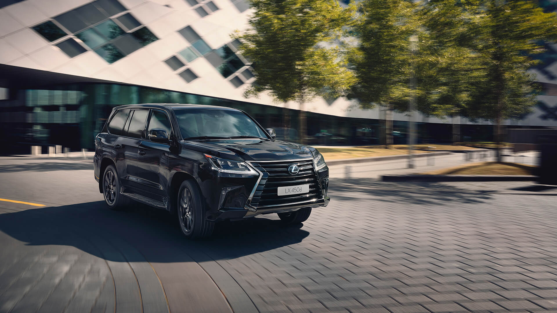 2018 lexus lx black gallery03