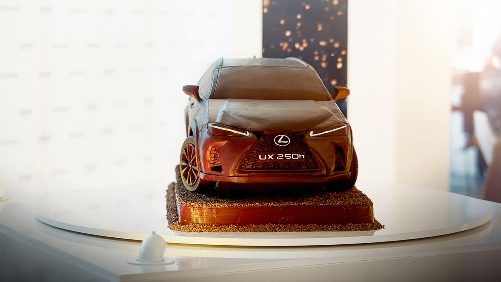 2019 lexus lounge UX Chocolate Car 1920x1080 10