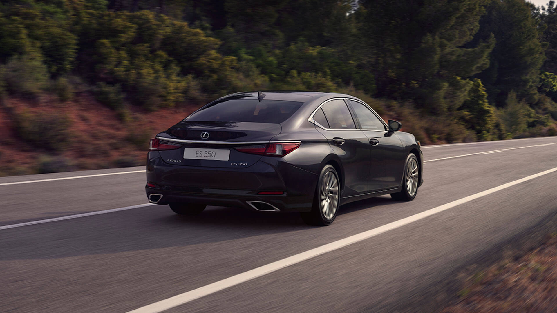2022 RU lexus es experience exterior back coupe like silhouette