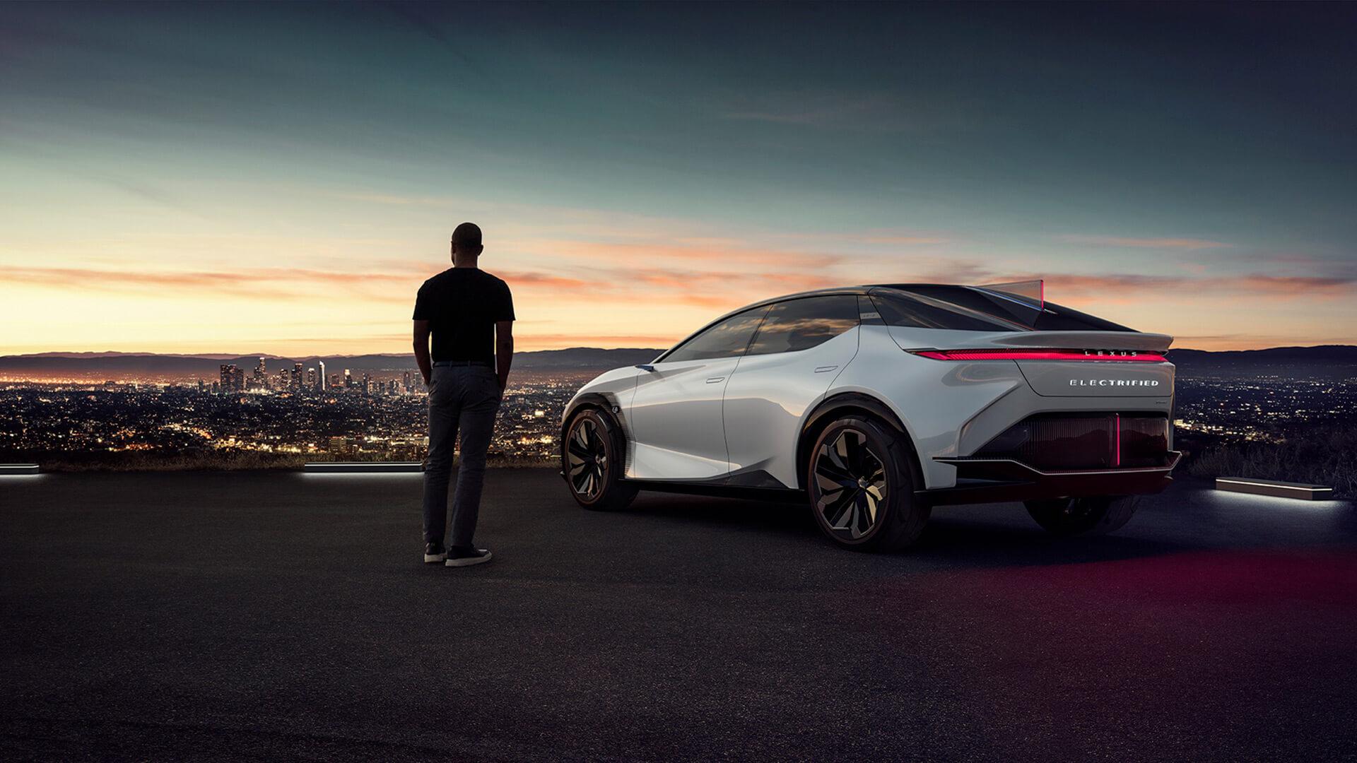 Lexus 2 Milyon Elektrik Motorlu Araç