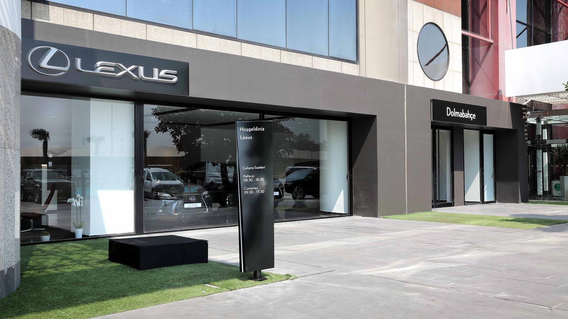Lexus Dolmabahce Showroom gallery02 v2