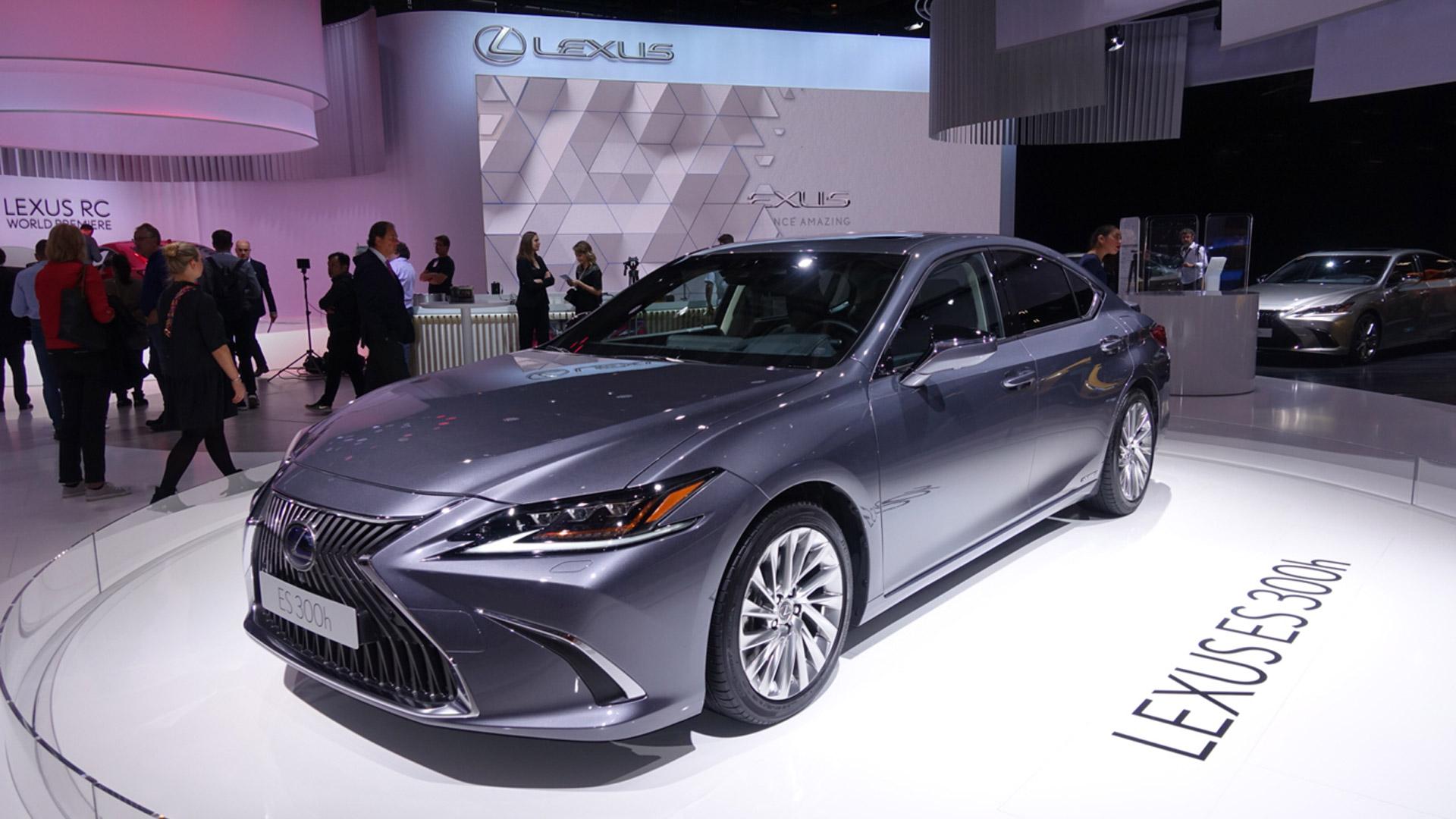 Lexus Paris Otomobil Fuari gallery02