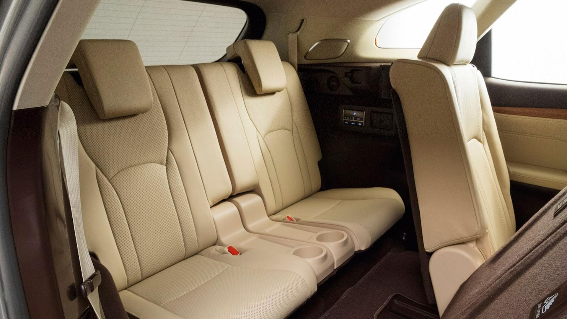 Lexus RX L gallery03 1920x1080 v2
